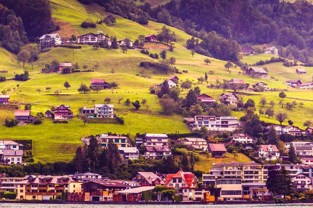 瑞士卢塞恩(Lucerne),山坡上的民居_图1-8