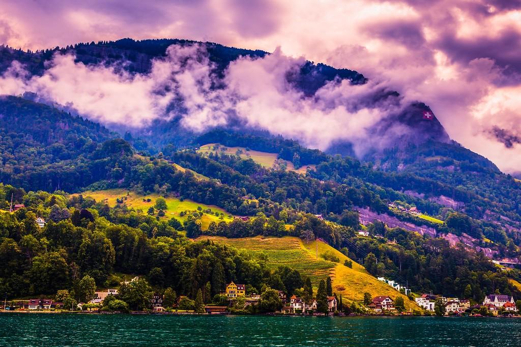 瑞士卢塞恩(Lucerne),山坡上的民居_图1-12