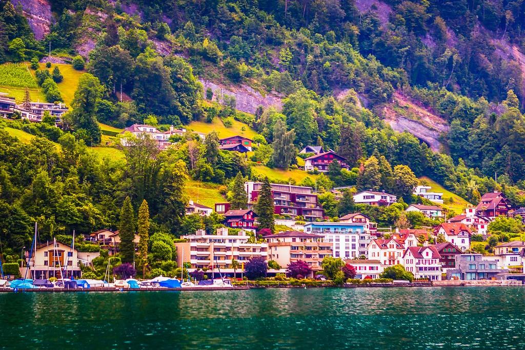 瑞士卢塞恩(Lucerne),山坡上的民居_图1-7