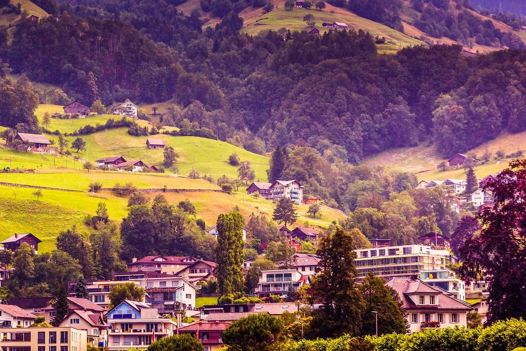 瑞士卢塞恩(Lucerne),山坡上的民居_图1-15