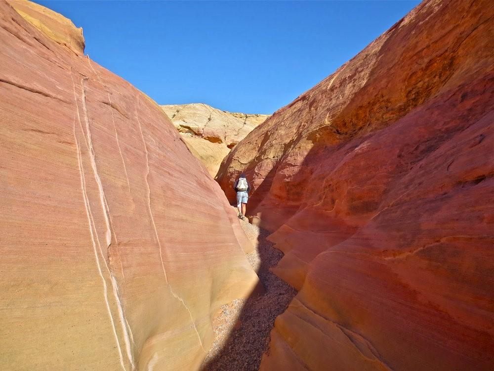 火谷红岩异石_图1-6