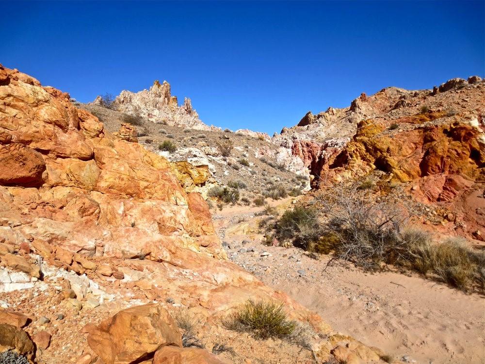火谷红岩异石_图1-24