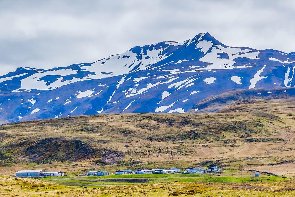 冰岛Kirkjufellsfoss,雪山瀑布_图1-27