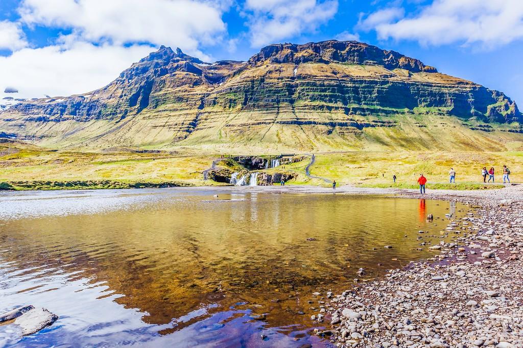 冰岛Kirkjufellsfoss,雪山瀑布_图1-23