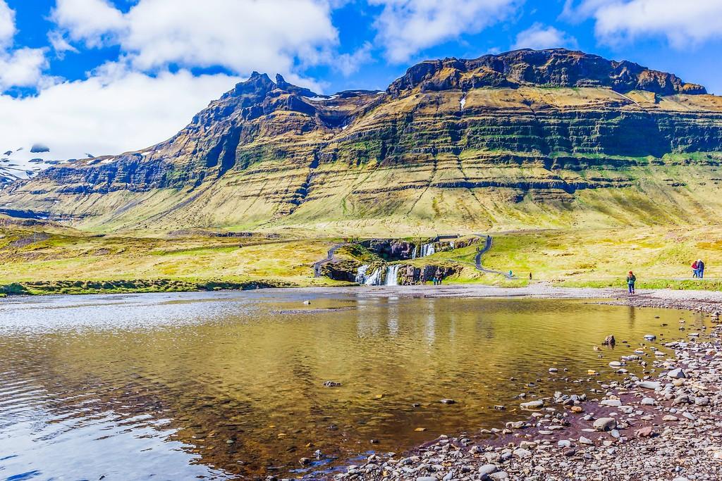 冰岛Kirkjufellsfoss,雪山瀑布_图1-13
