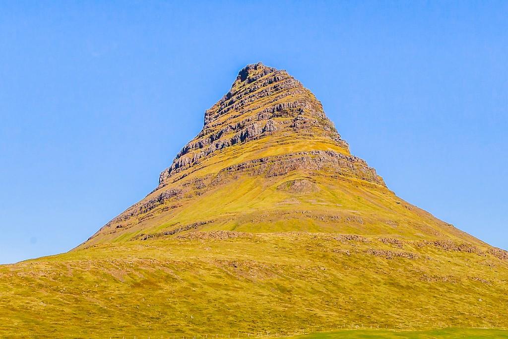 冰岛Kirkjufellsfoss,雪山瀑布_图1-16
