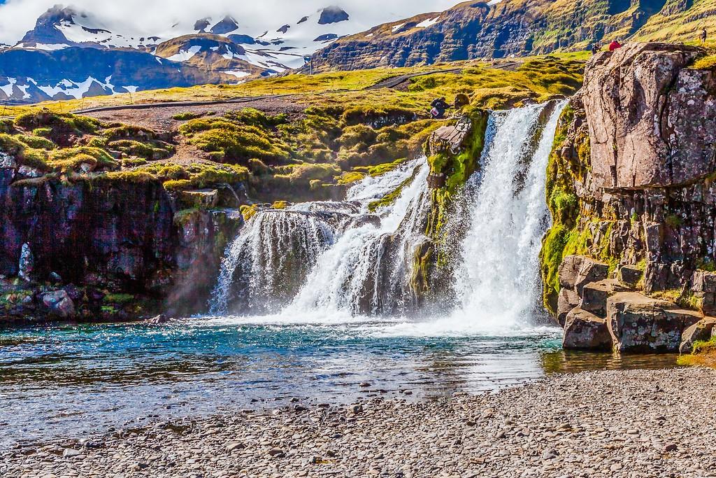 冰岛Kirkjufellsfoss,雪山瀑布_图1-15