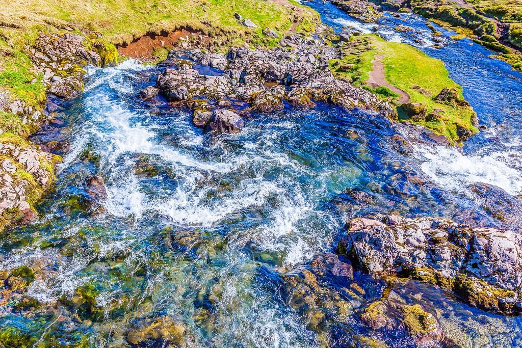冰岛Kirkjufellsfoss,雪山瀑布_图1-12