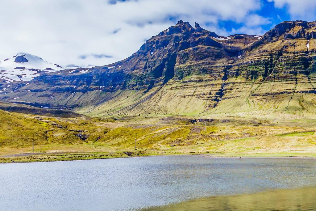 冰岛Kirkjufellsfoss,雪山瀑布_图1-8
