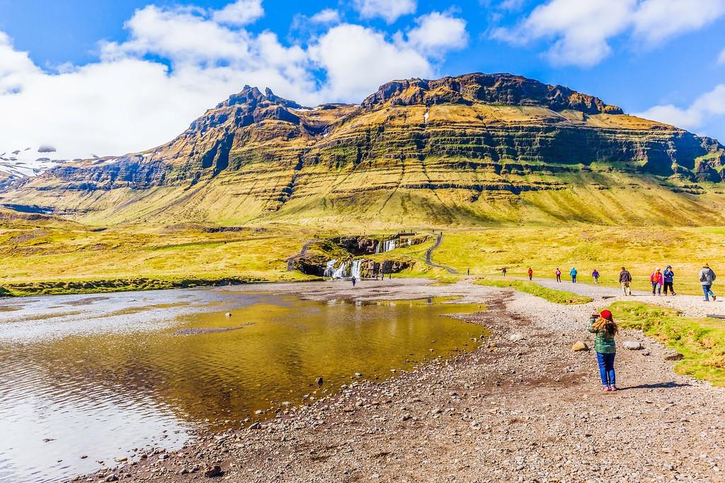 冰岛Kirkjufellsfoss,雪山瀑布_图1-30