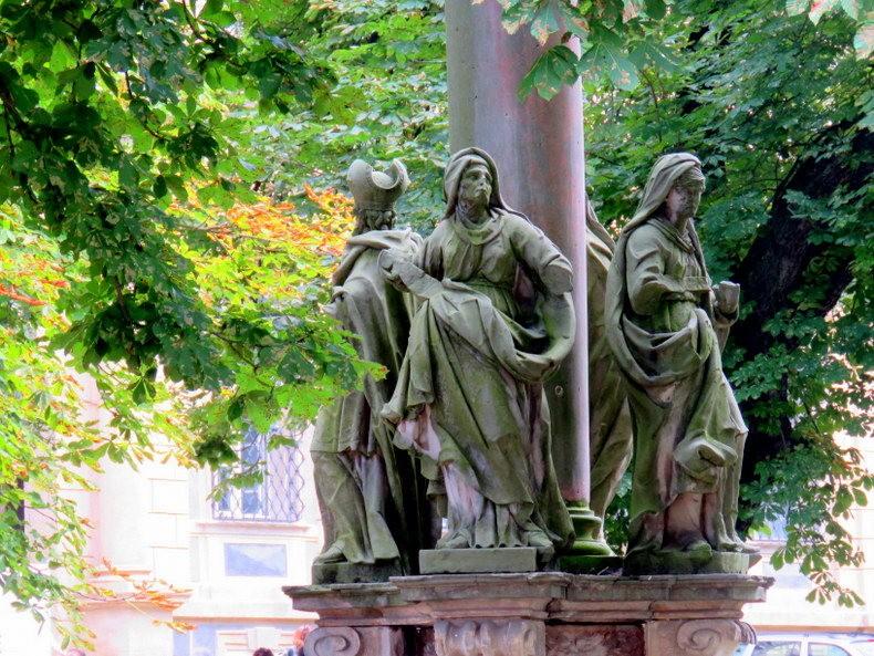 克拉科夫的圣母大殿_图1-8