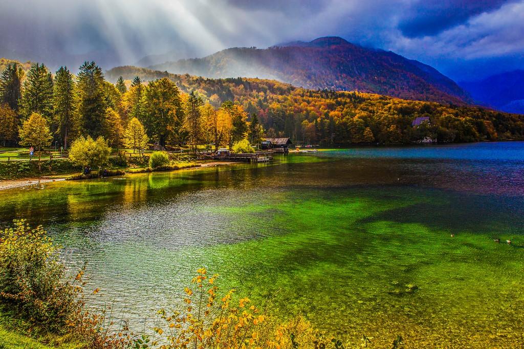 斯洛文尼亚博希尼湖(Lake Bohinj),美景如画_图1-6