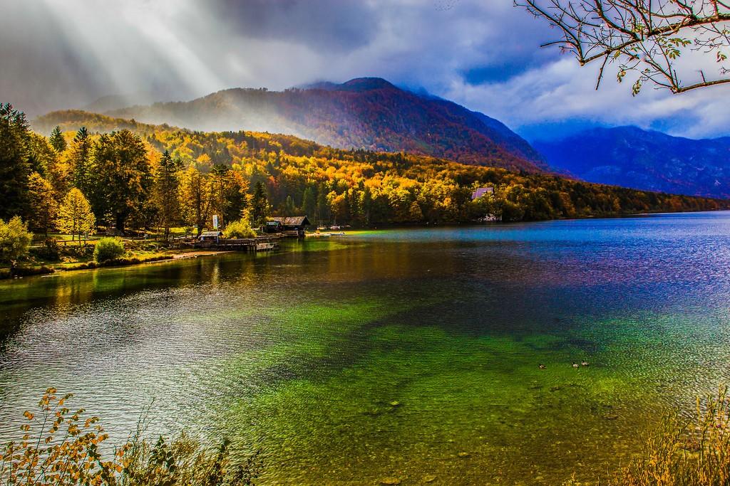 斯洛文尼亚博希尼湖(Lake Bohinj),美景如画_图1-13