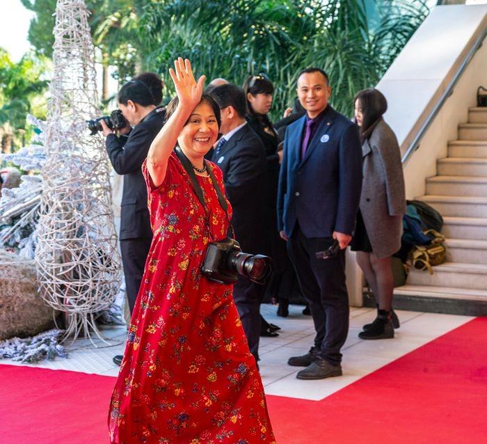 罗静如【小虫摄影】荣获2019年全球华人摄影十杰_图1-15