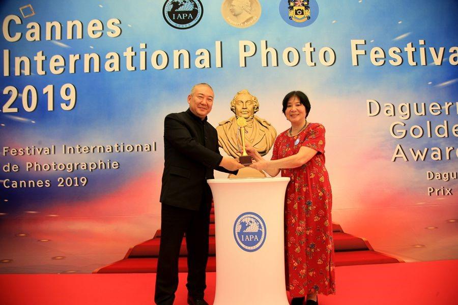 罗静如【小虫摄影】荣获2019年全球华人摄影十杰_图1-20