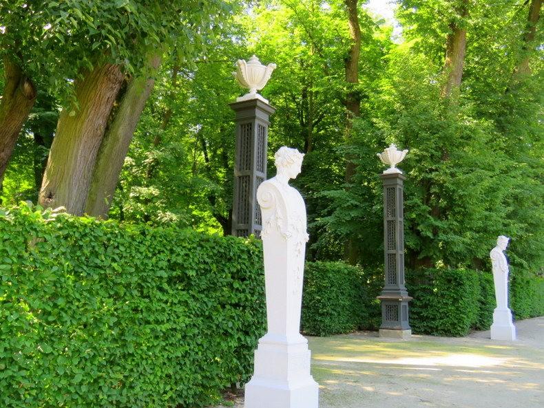 比亚韦斯托克的布兰尼基花园_图1-9
