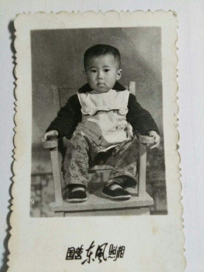 作家刘维嘉成长的足迹_图1-1