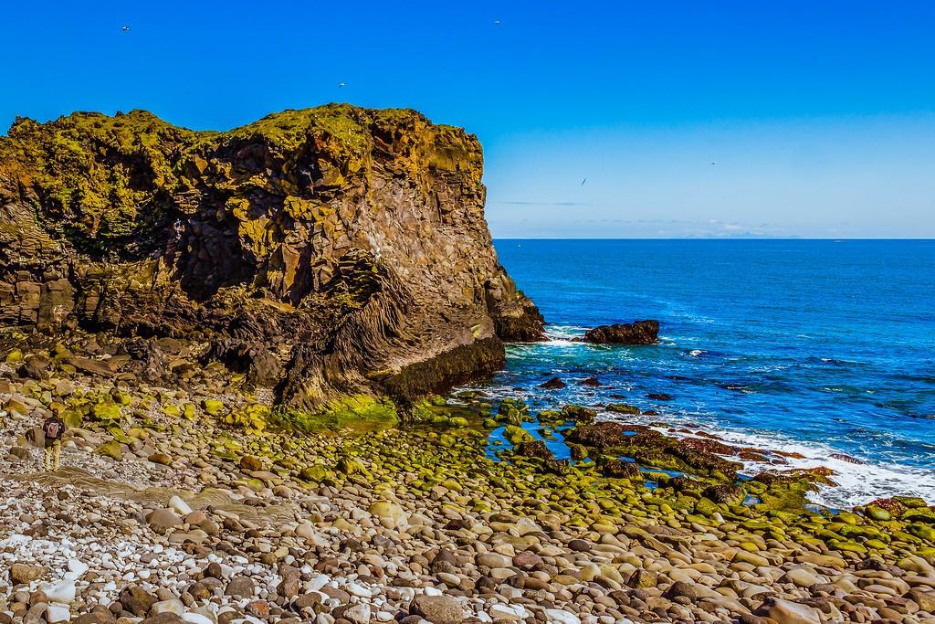 冰岛Arnarstapi,脚踏礁石_图1-6