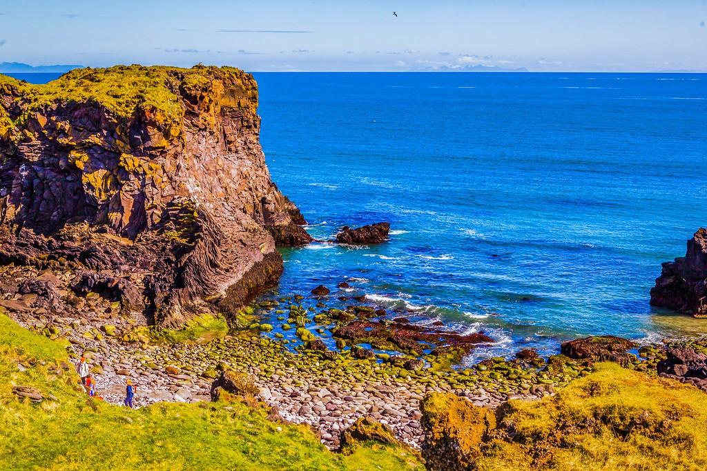 冰岛Arnarstapi,脚踏礁石_图1-9