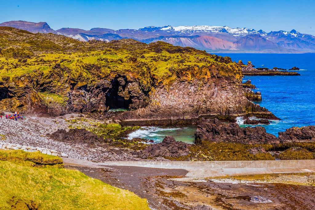 冰岛Arnarstapi,脚踏礁石_图1-16