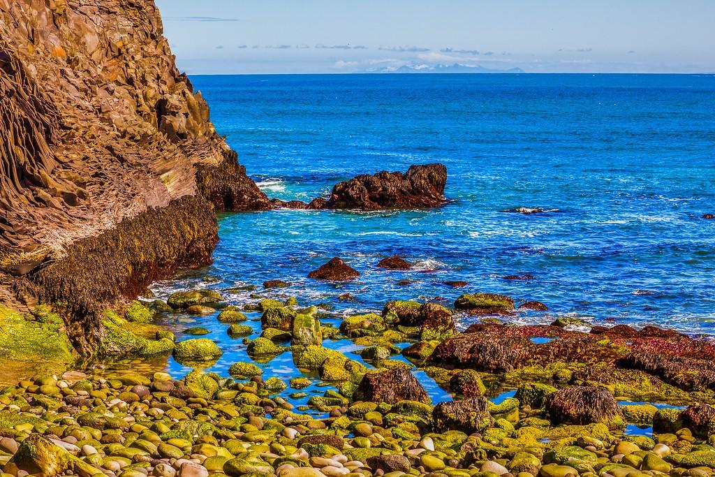 冰岛Arnarstapi,脚踏礁石_图1-15