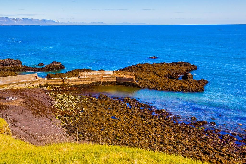 冰岛Arnarstapi,脚踏礁石_图1-18
