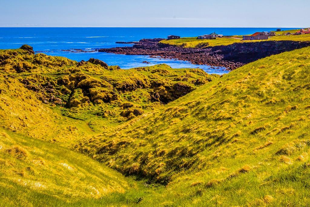 冰岛Arnarstapi,脚踏礁石_图1-24