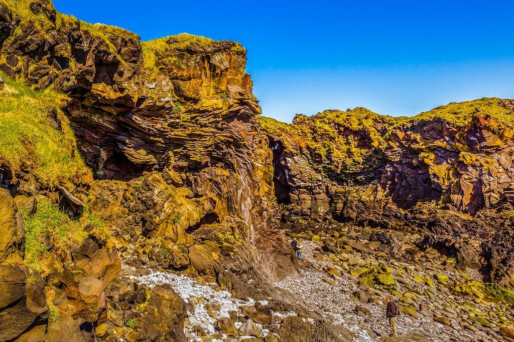 冰岛Arnarstapi,脚踏礁石_图1-27