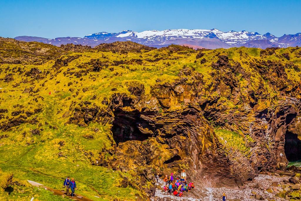 冰岛Arnarstapi,脚踏礁石_图1-33