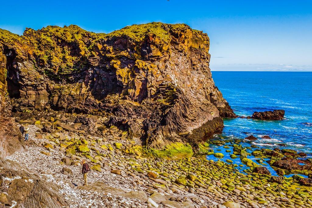 冰岛Arnarstapi,脚踏礁石_图1-35