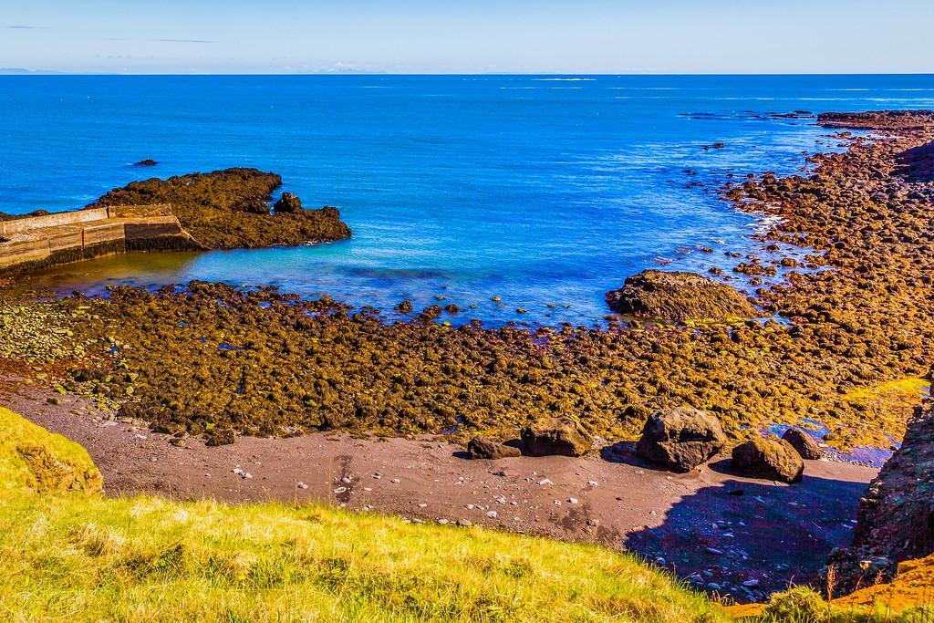 冰岛Arnarstapi,脚踏礁石_图1-37