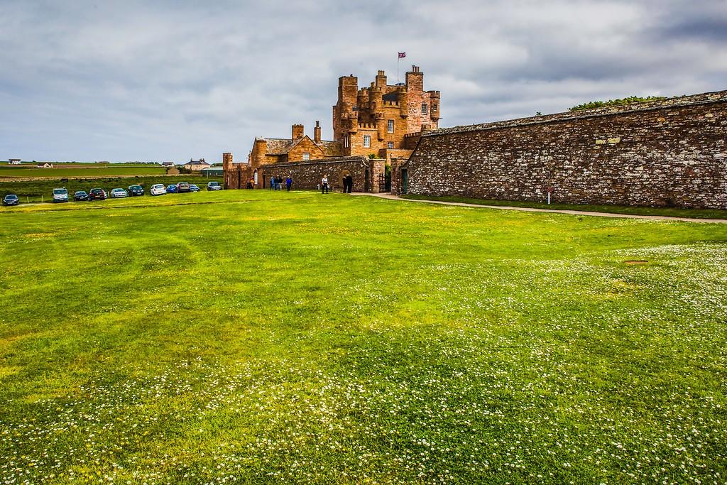苏格兰梅城堡(Castle of Mey),远望英姿_图1-16