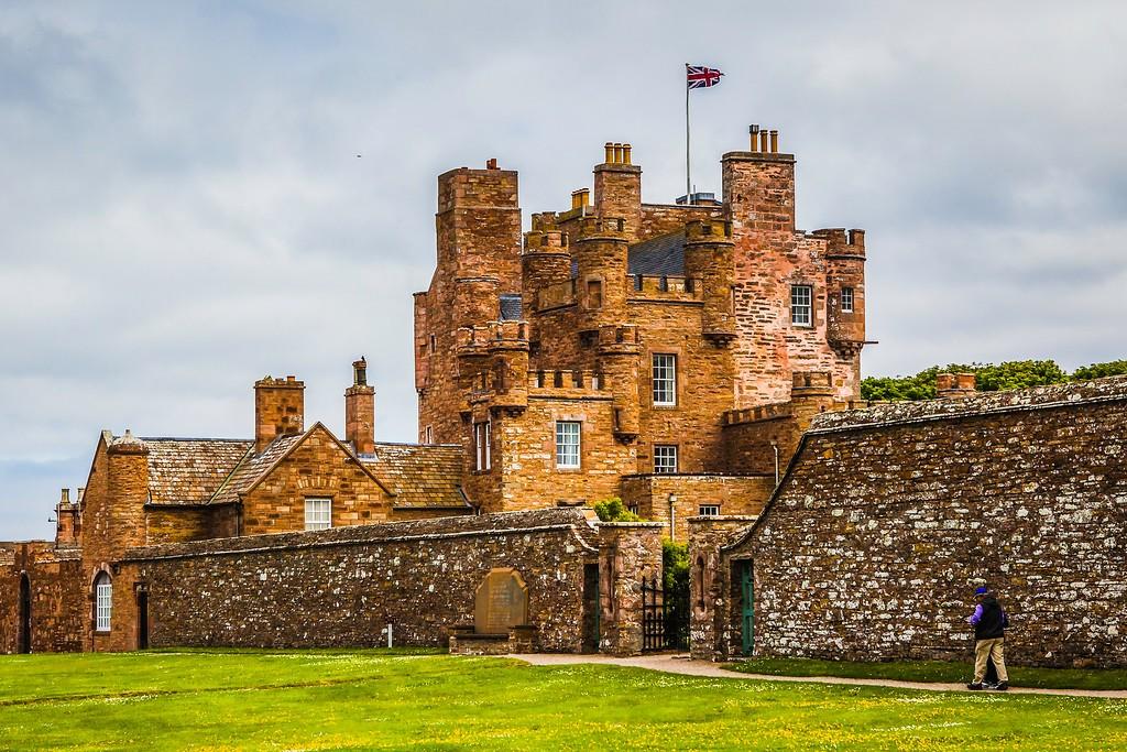 苏格兰梅城堡(Castle of Mey),远望英姿_图1-10