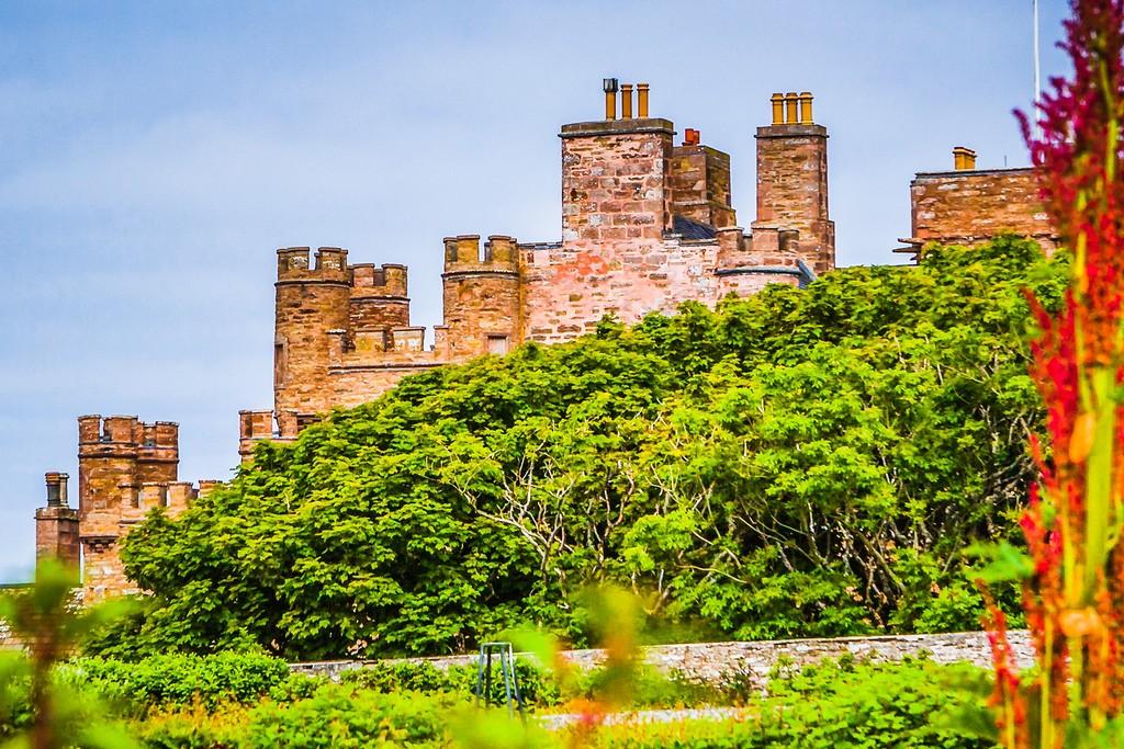 苏格兰梅城堡(Castle of Mey),远望英姿_图1-13