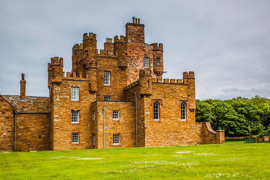 苏格兰梅城堡(Castle of Mey),远望英姿_图1-12