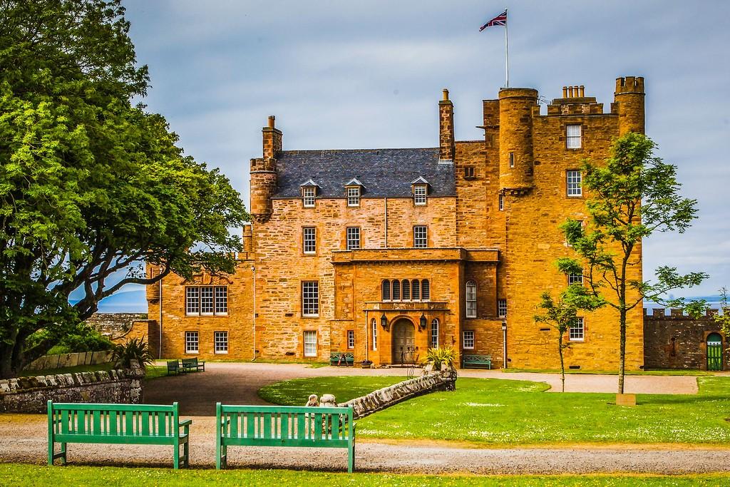苏格兰梅城堡(Castle of Mey),远望英姿_图1-8