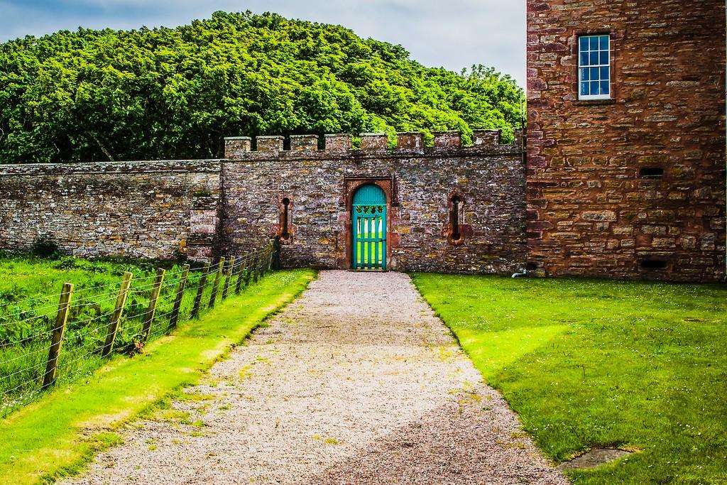 苏格兰梅城堡(Castle of Mey),远望英姿_图1-7