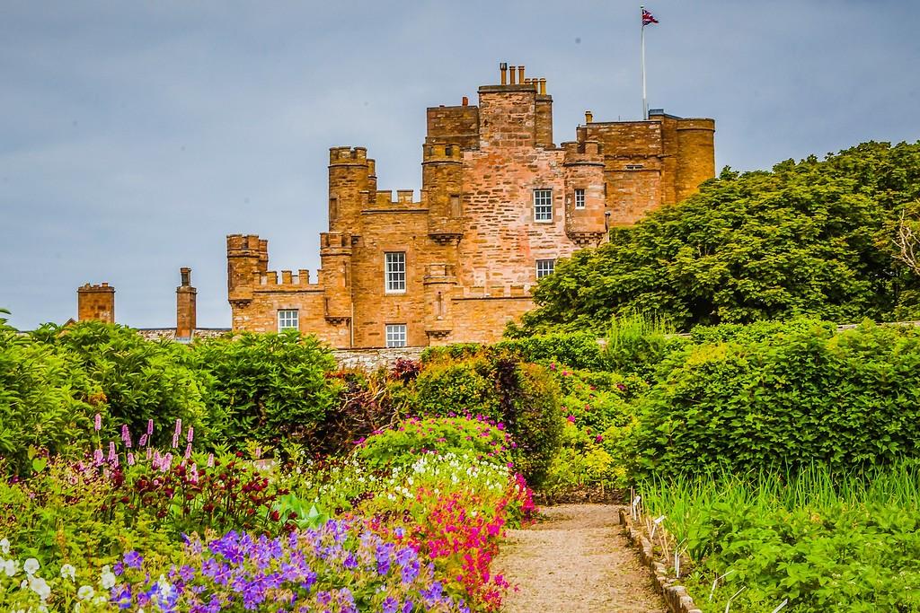 苏格兰梅城堡(Castle of Mey),远望英姿_图1-1