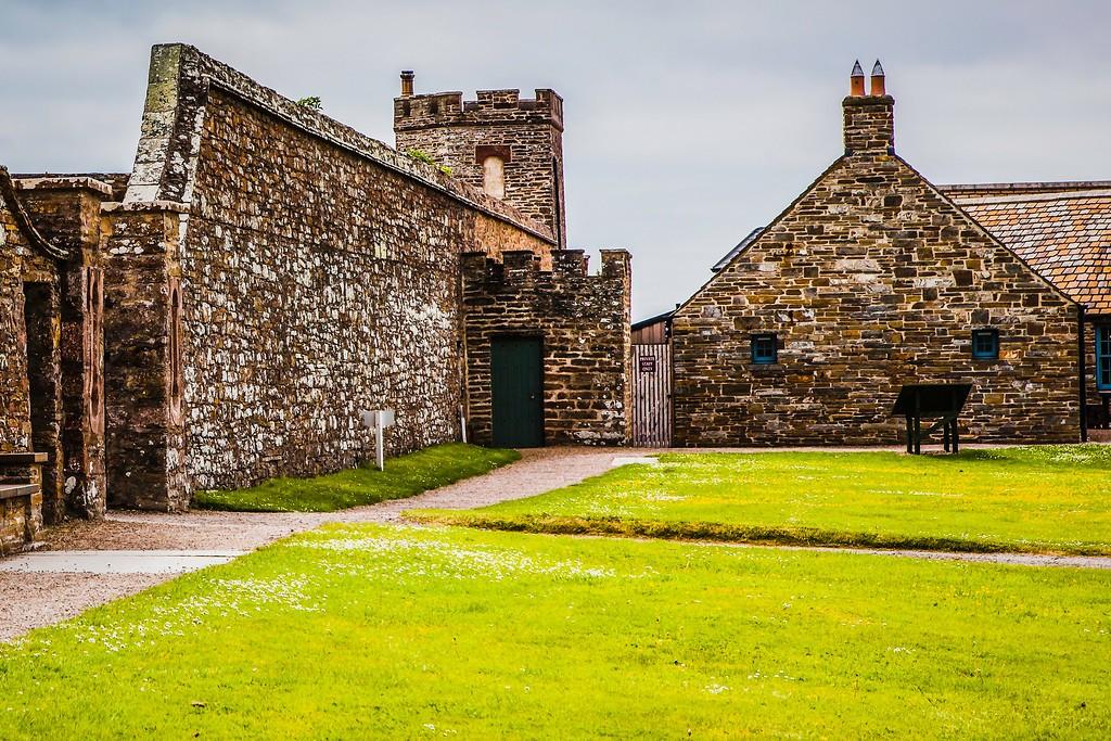 苏格兰梅城堡(Castle of Mey),远望英姿_图1-4