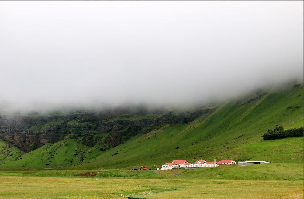 冰岛的两条瀑布与黑海滩_图1-7
