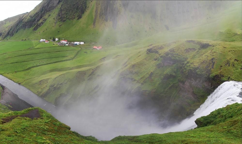 冰岛的两条瀑布与黑海滩_图1-20