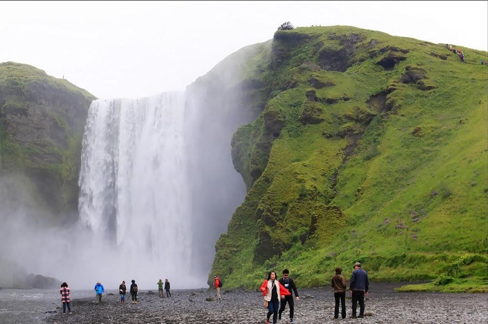 冰岛的两条瀑布与黑海滩_图1-21
