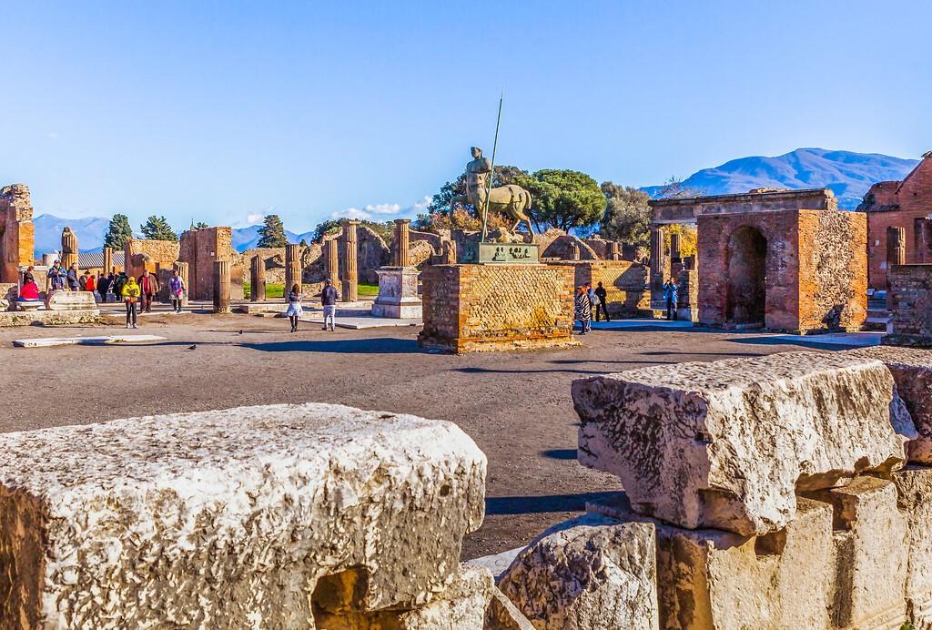 意大利一世纪古城庞贝,无声的述说_图1-9