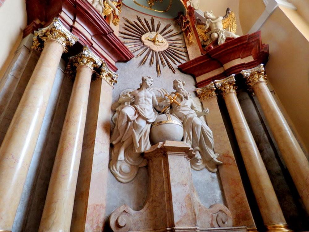圣彼得和保罗大教堂_图1-11