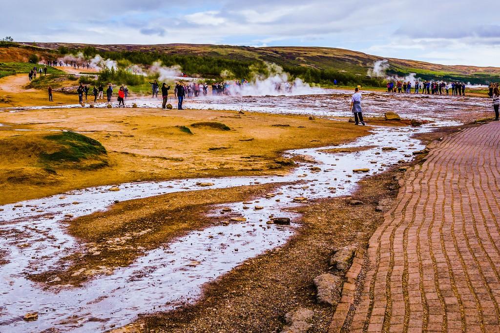 冰岛盖西尔(Geysir),热喷泉奇观_图1-3