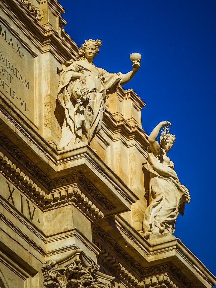 罗马特雷维喷泉(Trevi Fountain),闻名遐迩_图1-18