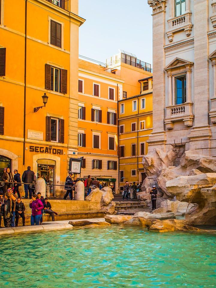 罗马特雷维喷泉(Trevi Fountain),闻名遐迩_图1-10