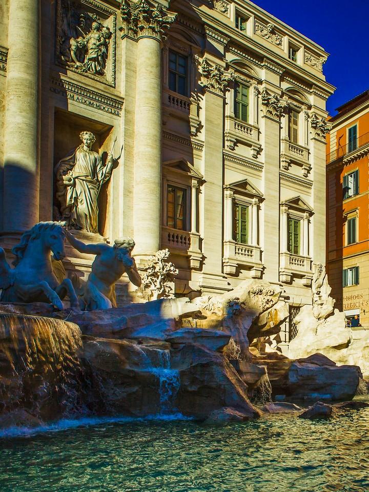 罗马特雷维喷泉(Trevi Fountain),闻名遐迩_图1-3