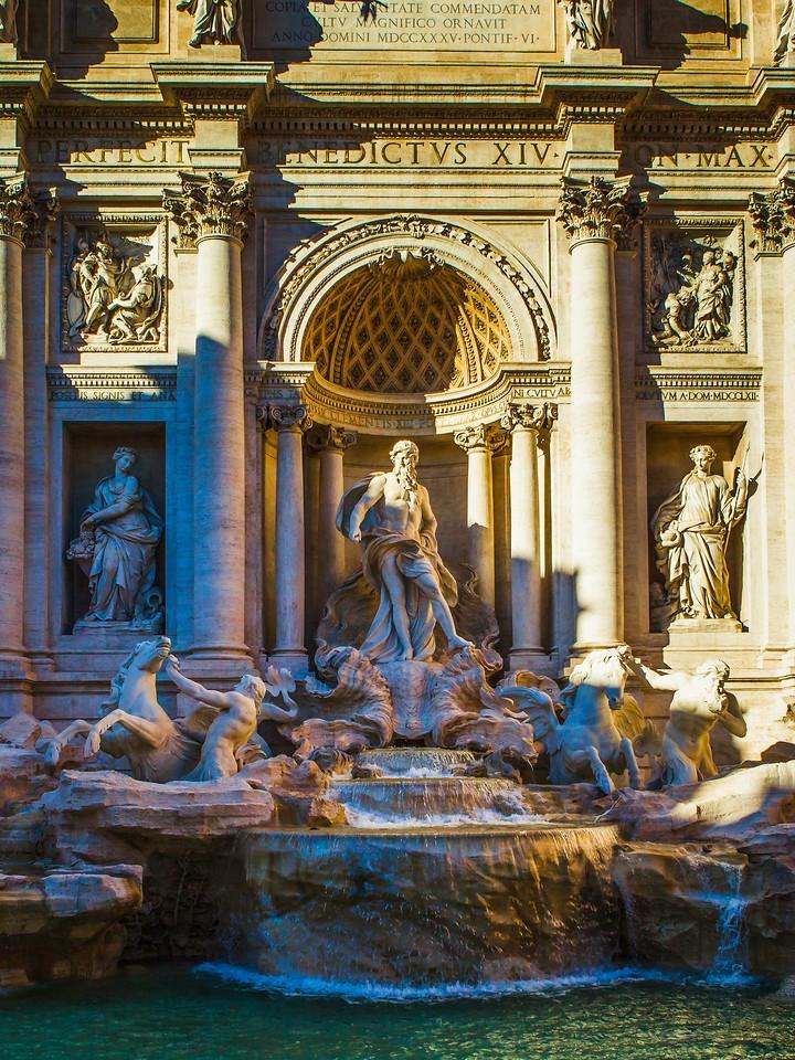 罗马特雷维喷泉(Trevi Fountain),闻名遐迩_图1-1