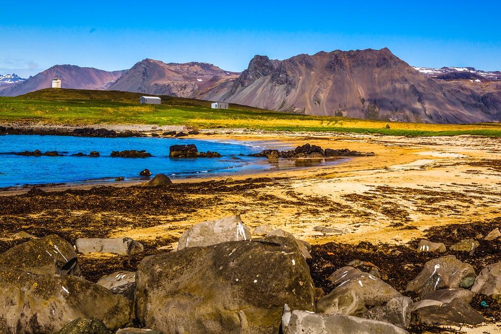 冰岛风采,礁石海水还有雪山_图1-3